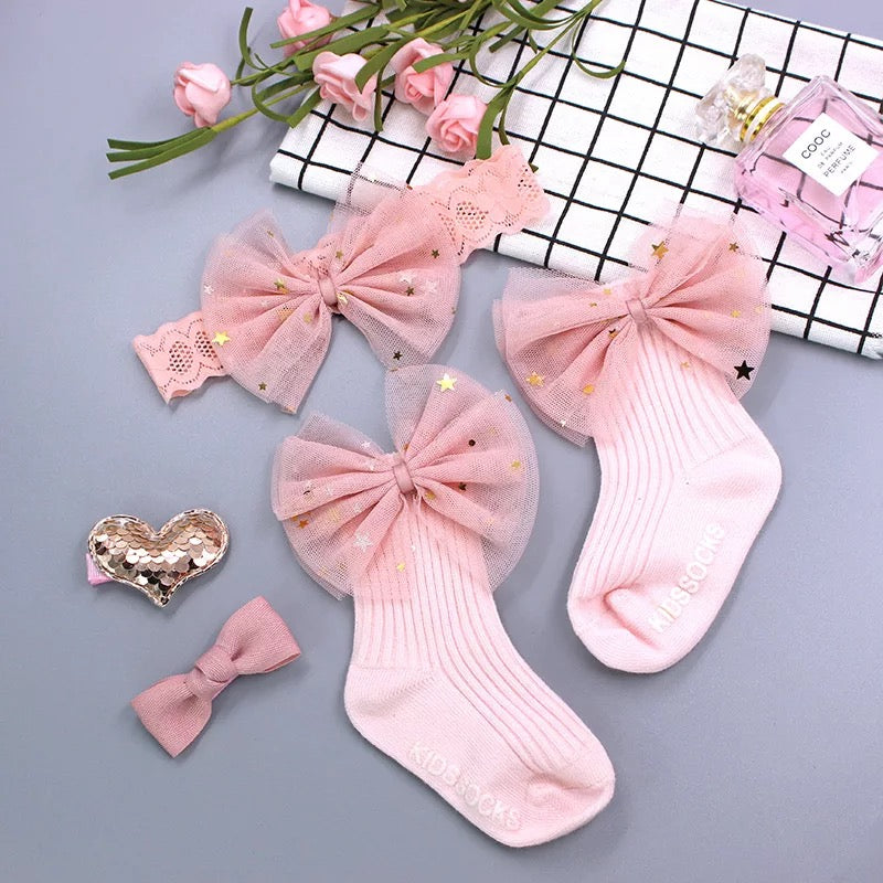 Socks, Headband And Hairclips Set