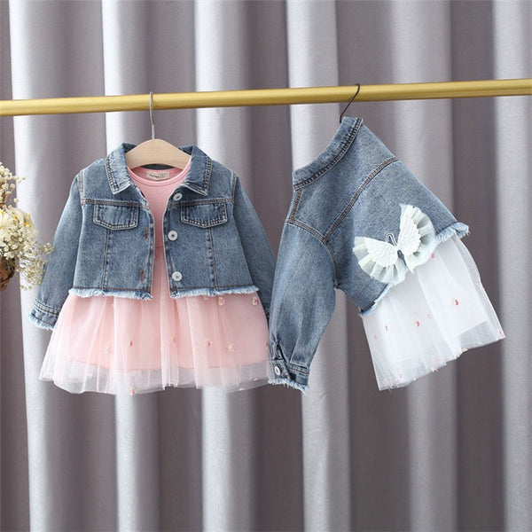 Heart printed dress with wing made denim jacket