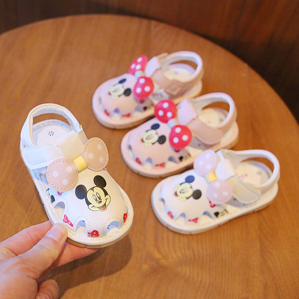 Minnie Mouse toddler sandals
