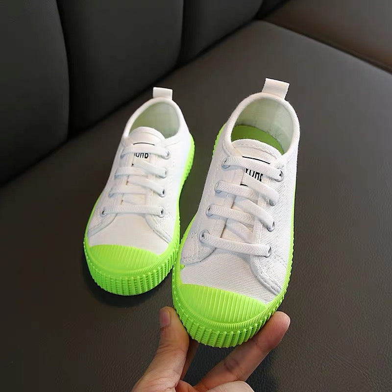 Canvas Shoes With Colored Sole