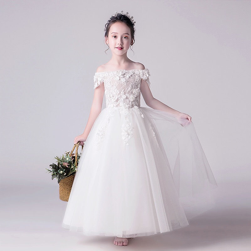 Flower Lace White Long Gown