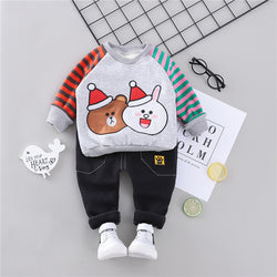 Bear Winter Sweatshirt With Striped Sleeves And Pants