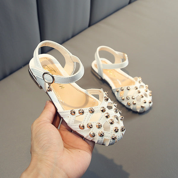 Rivets Hollow Sandals