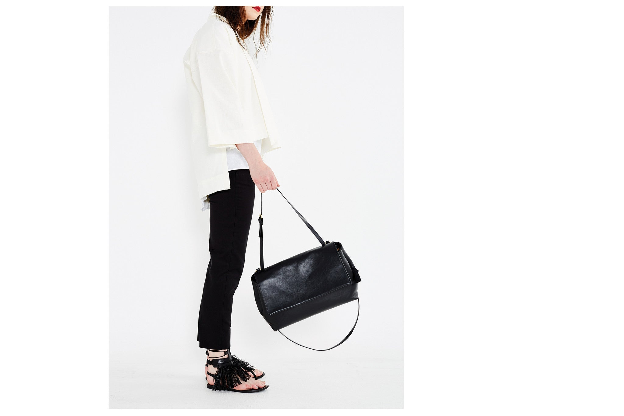 Keevil flap bag black
