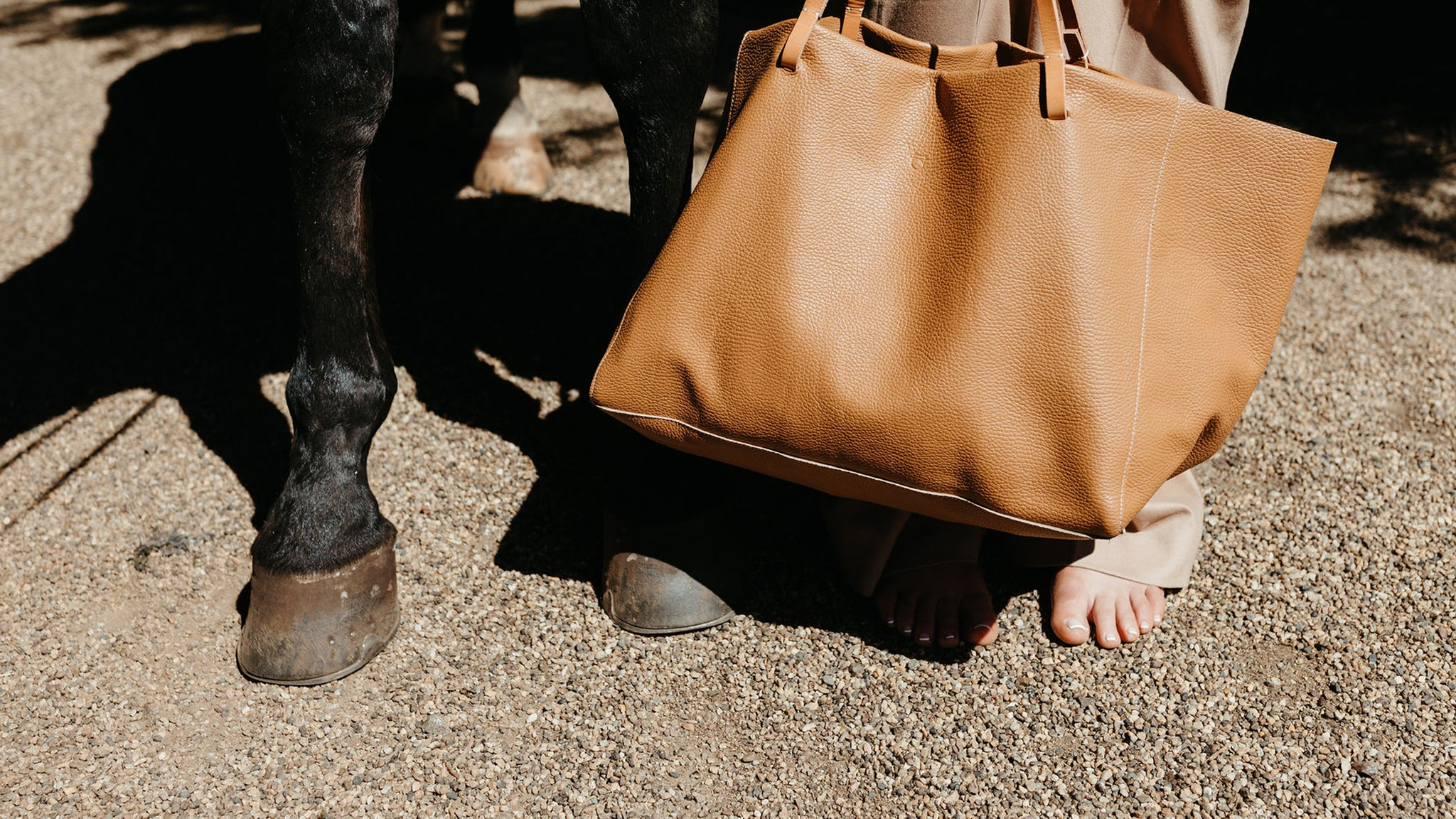 oversized tote tan leather