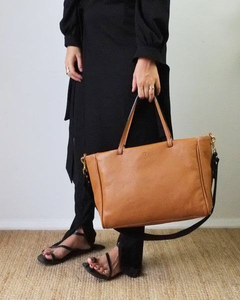 SIMPLE TOTE, TAN