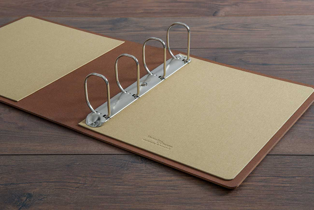 a4 leather ring binder for surgical portfolio with large binder mechanism