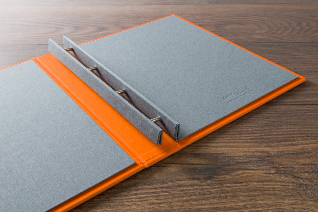 Case bound portfolio book with Plate grey inner cover