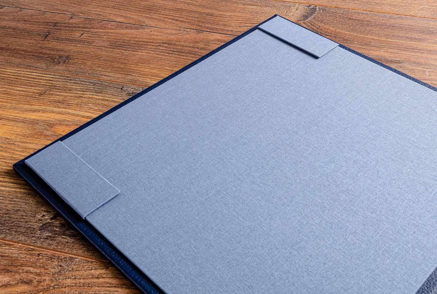 We now offer contents and index page holders for the inner covers of our medical portfolios