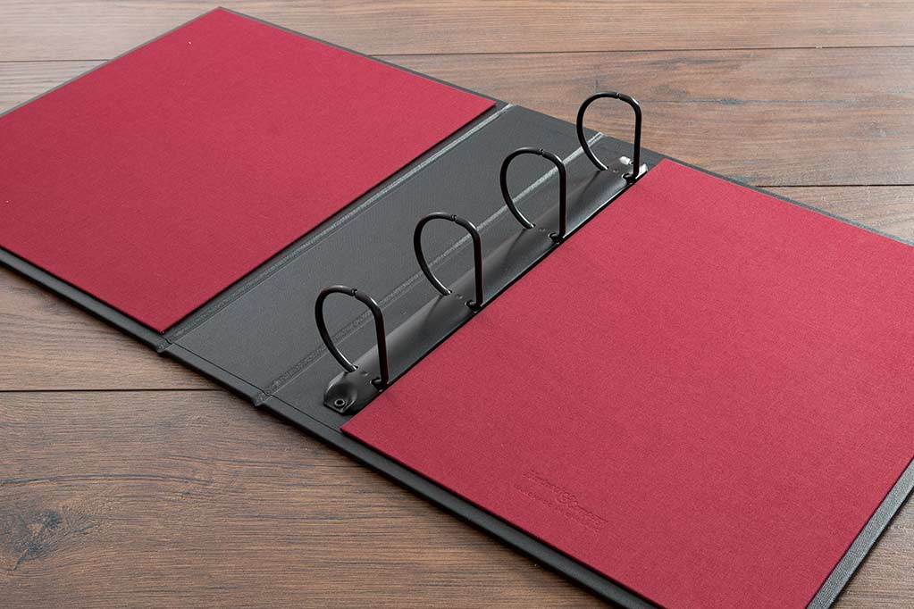 4.5cm large four D ring binder mechanism and Vistula red inner cover