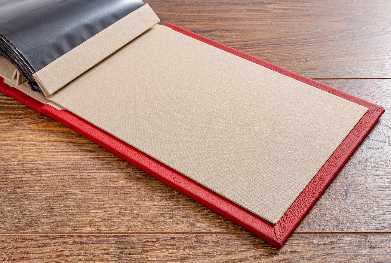 Inner cover board of the A5 leather album is colorado book cloth