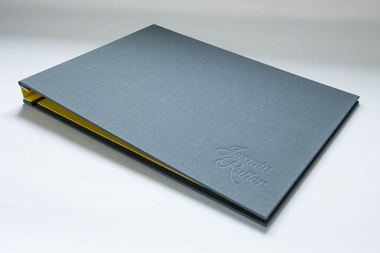 Custom Hidden Screw Post Graphic Designers Portfolio book