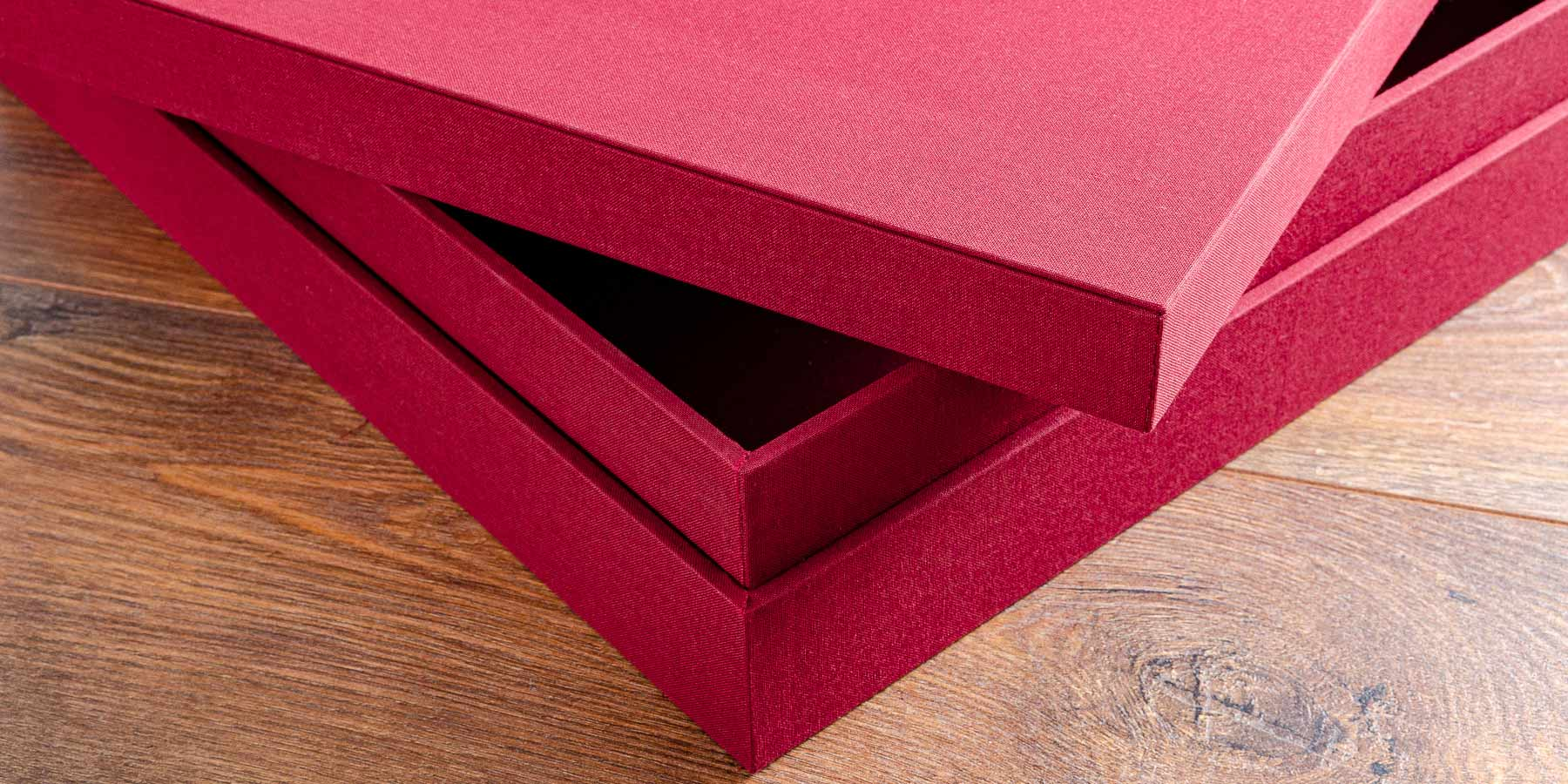 the attention to detail and strength that goes into making a custom presentation or keepsake box