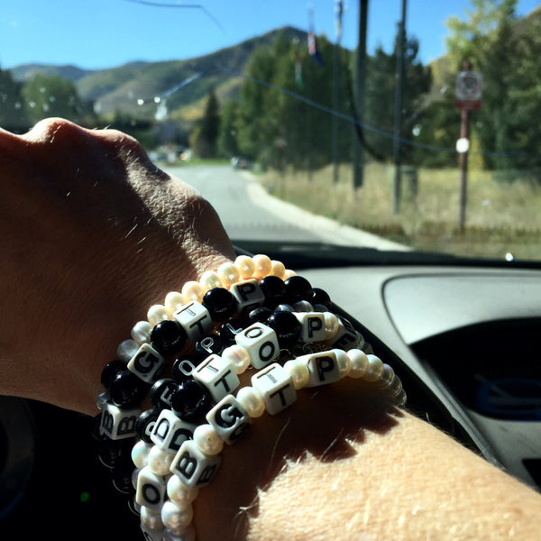 Collection Bracelets - Cultured Pearls + Black Onyx