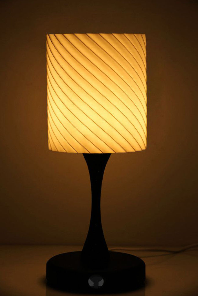 Freya- Ambient Light Sensing (Black) Table Lamp - vexmatech