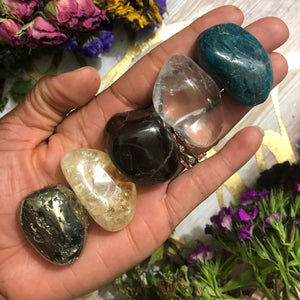Crystals for Manifestation - Chakra Zulu