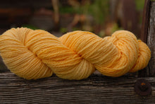 Mountain Meadow Wool Suffolk - Worsted
