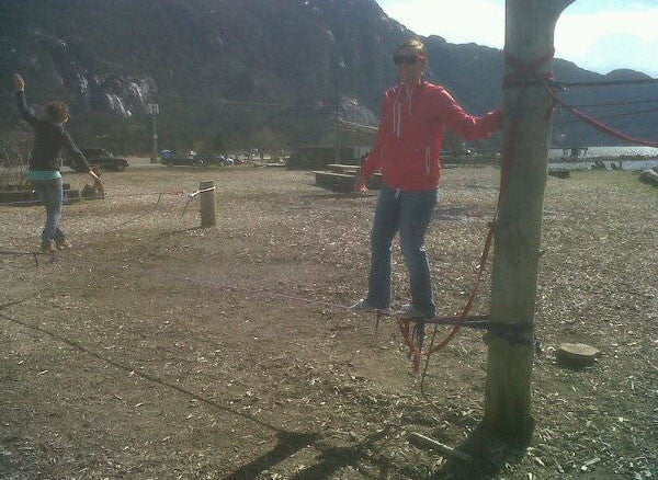 attempt to slackline
