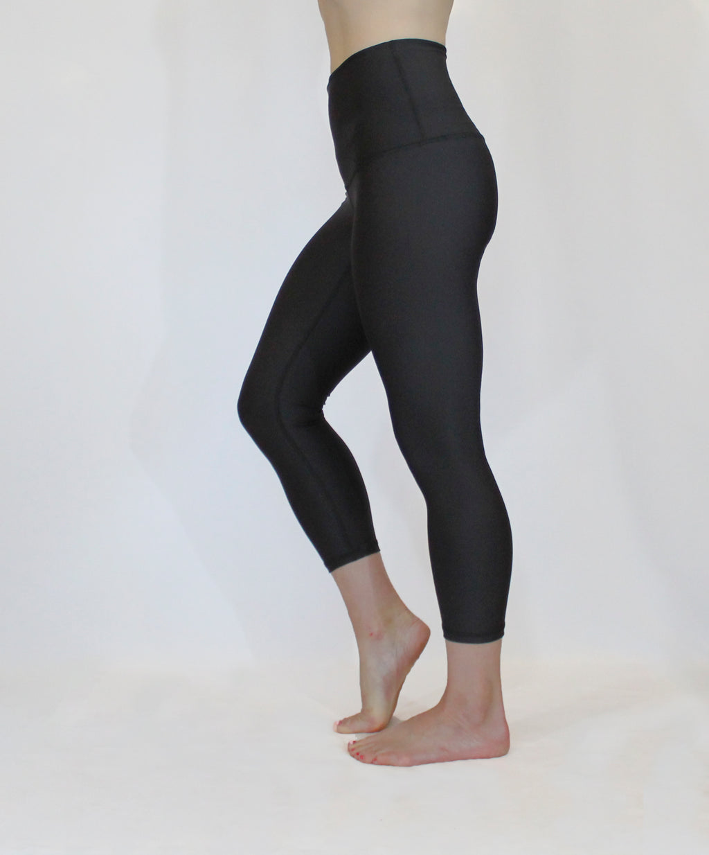 The Give Back with Black Athletic 7/8th Tights - LAST PAIR: Size XS