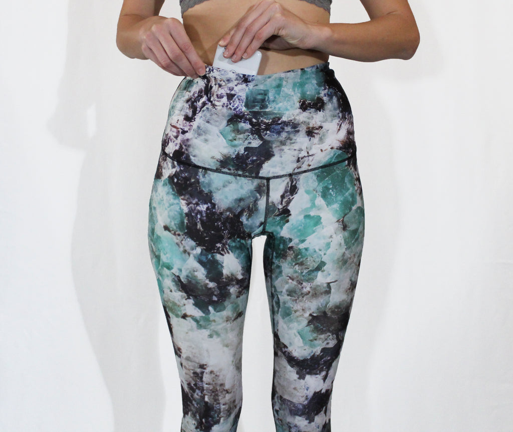 DECEMBER - The Crystallize Leggings - Sold Out