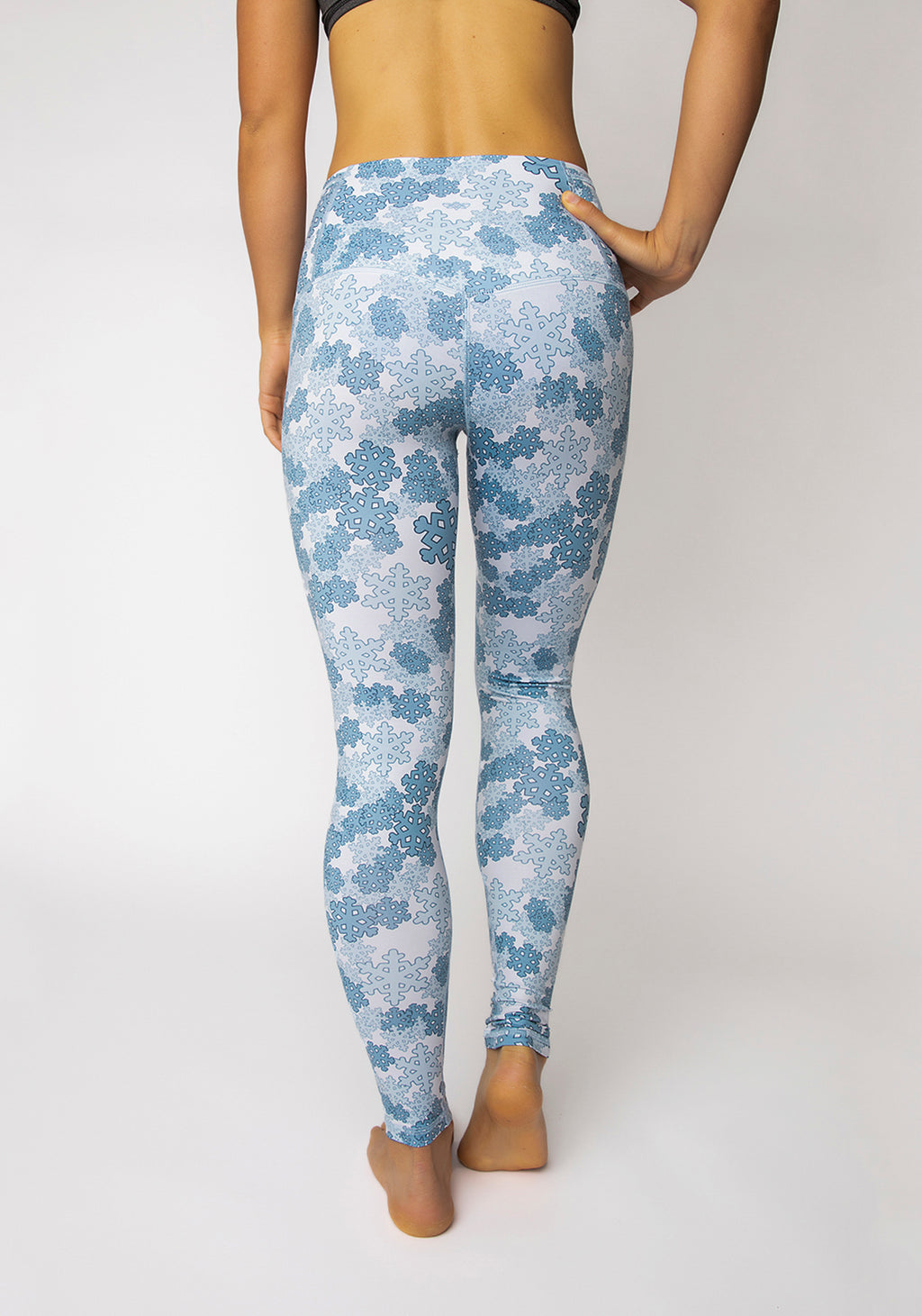 "Basecamp leggings in ""Winter Sprinkles"" print - last sizes: 12 & 18"