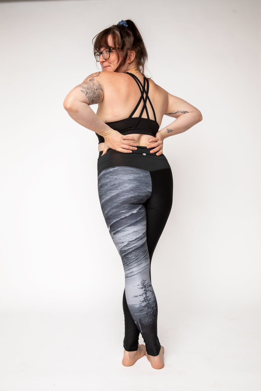 """The Surf Vista"" Run Wild Tights - pre-order by October 31st"