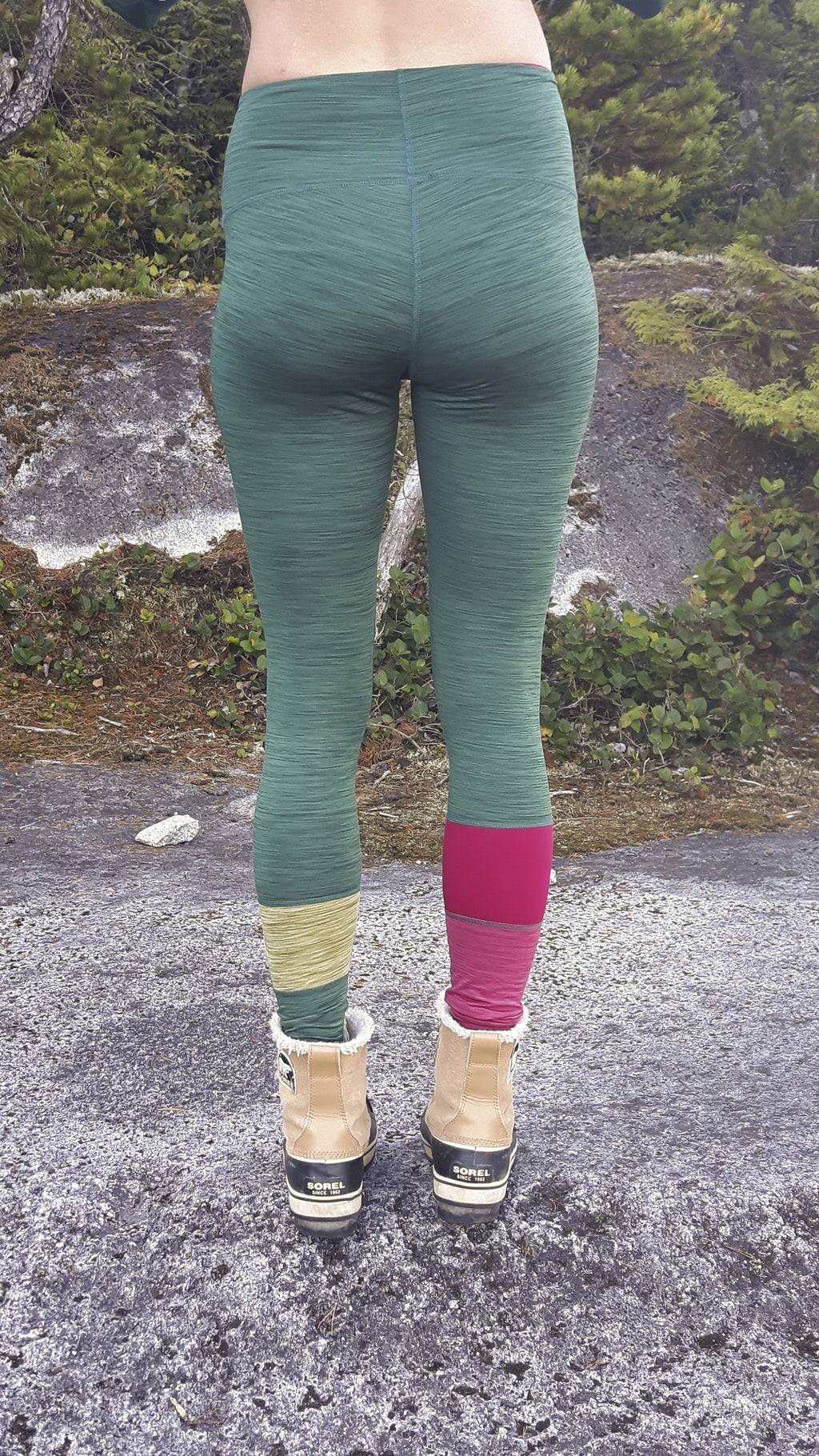 Forest Berries Thermal Leggings