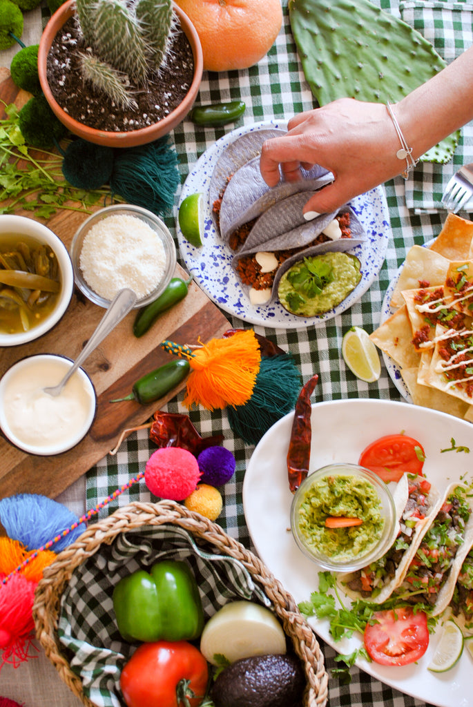 How to Setup a Taco Bar Fiesta for The Busy Girl