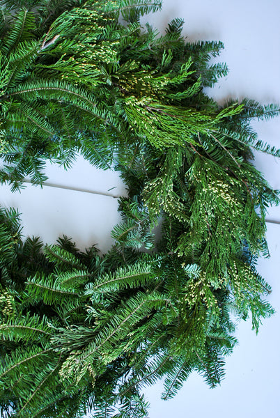 Natural Christmas Wreath from Scratch