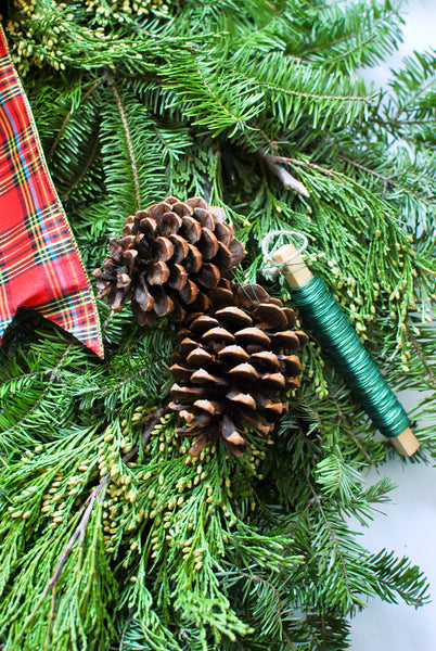 How to Make a Christmas Wreath DIY from Scratch