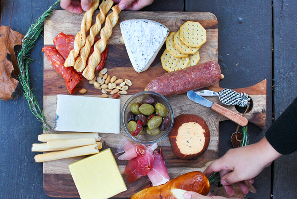 Easy to Make Cheese and Charcuterie Platter