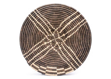 "Load image into Gallery viewer, 21"" Handwoven Wall Art Plate in Cocoa"