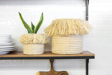 "Load image into Gallery viewer, 5"" Small Fringed Boho Basket in Natural"