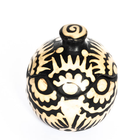 Lenca pottery decorative jar with a design inspired by nature