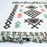global inspired design accent rug