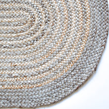 Load image into Gallery viewer, natural oval circle motif jute rug