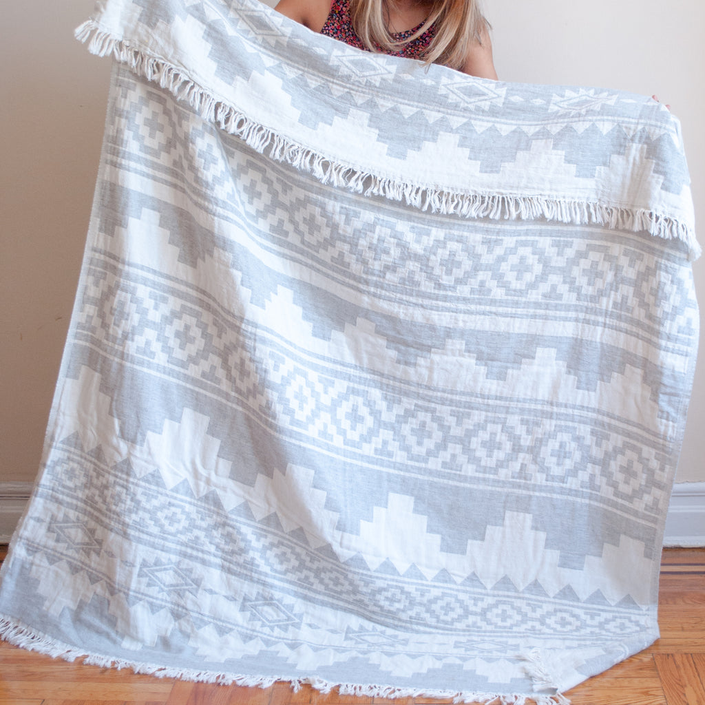 kilim wool throw in light gray