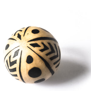 Lenca handmade decorative spheres with three different designs