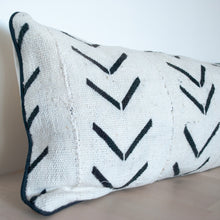 Load image into Gallery viewer, Lumbar Mudcloth Pillow Cover in White with Black Motifs