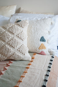 "18"" Neutral Beige Throw Pillow"