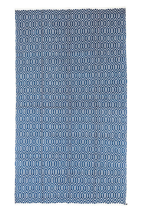 Blue-Area-Accent-Rug-Diamond- Pattern