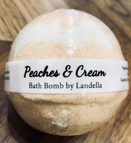 Peaches & Cream Bath Bomb