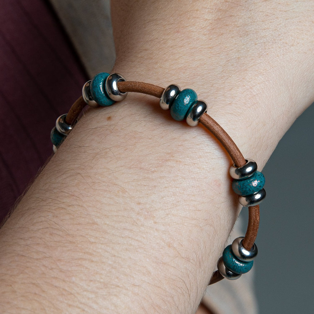 Leather 5 Bead Pearl Bracelet | Color of the Month