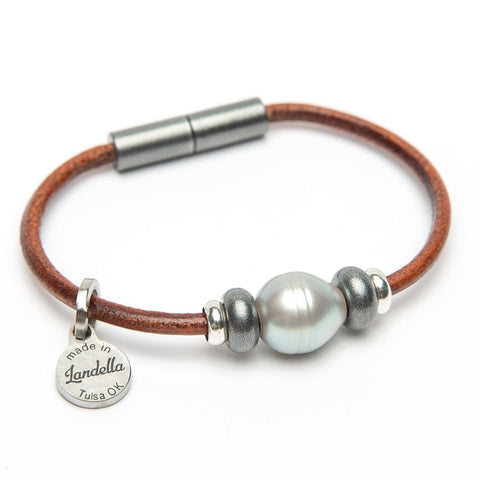 Leather 3 Bead Pearl Bracelet | Color of the Month