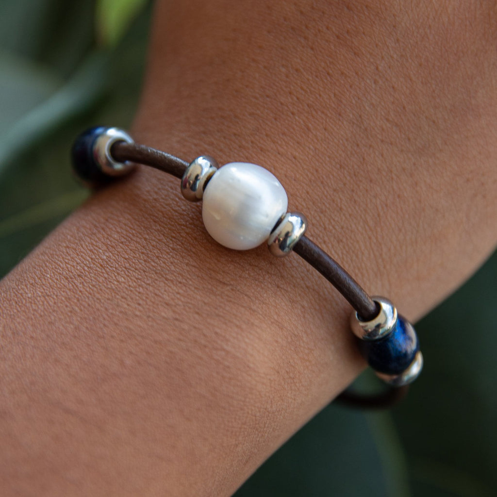 Leather 3 Bead Pearl Bracelet