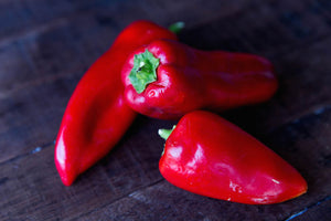 Red Bell Pepper (lb) - Tomatero Farm