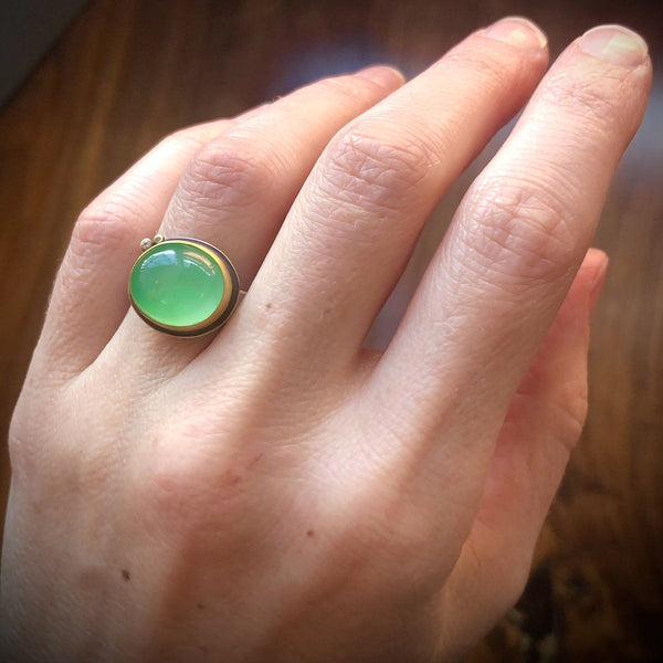 Smooth Oval Chrysoprase Ring with Diamond Dots