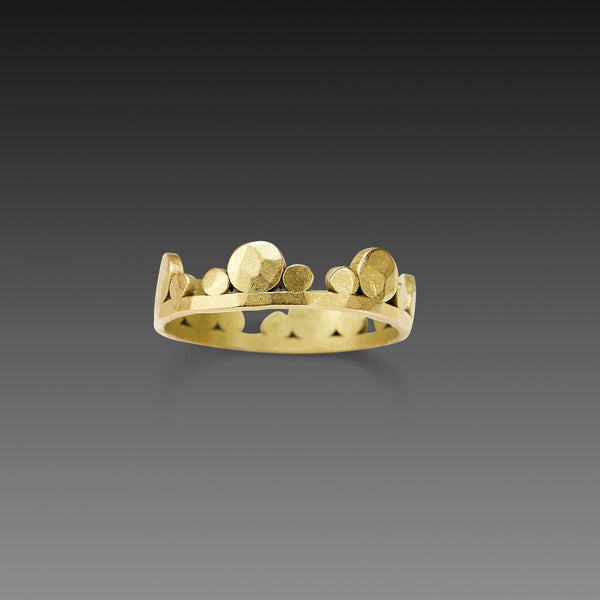 Large Hammered Gold Side Trios Band