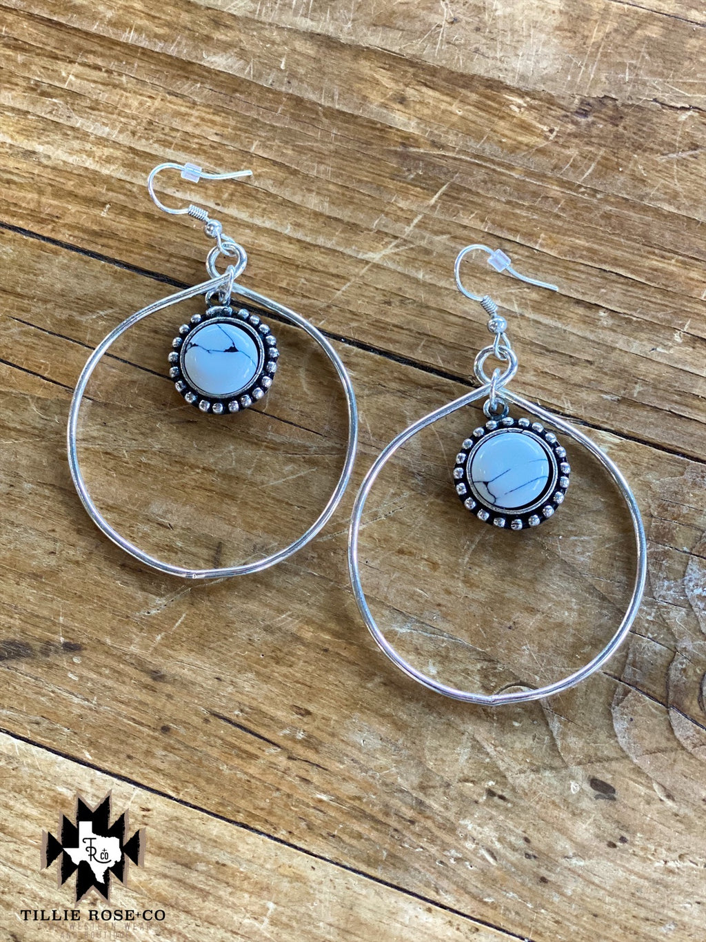 Bear Creek Hoop Earrings - The Tillie Rose Boutique