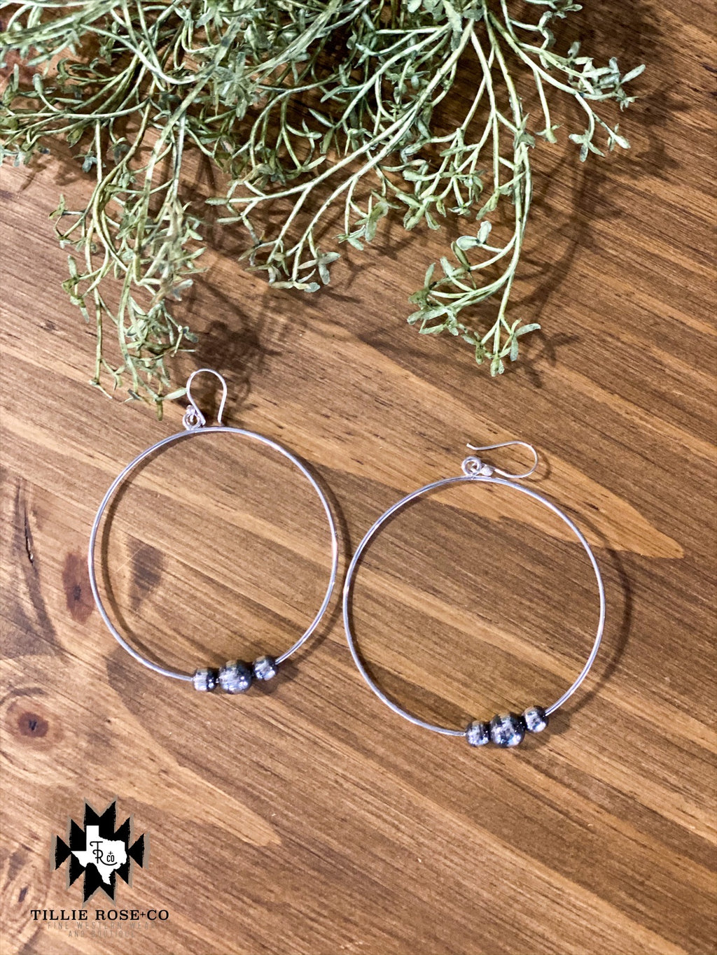 Navajo Pearl Hoops - The Tillie Rose Boutique